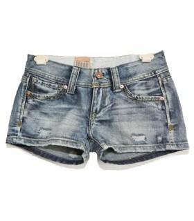 Modische kurze Jeans