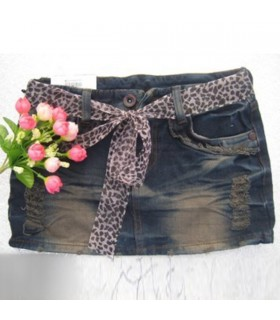 Fashion short denim skirt
