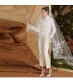 Long voile de mariage avec dentelle spéciale