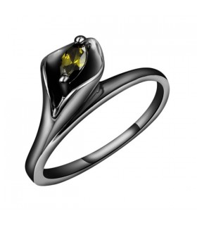 Green crystal black ring
