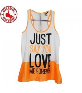 Orange T-shirt mit Nachricht