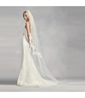 Long natural chiffon silk embellished with lace wedding veil