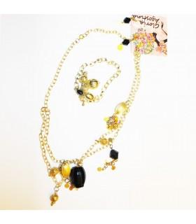 Insieme dei monili d'oro della moda