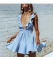 Lässiges hellblaues Kleid