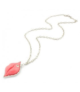 Sweet pink lips diamond necklace
