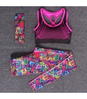 Les femmes s'entraînent vêtements de sport colorés