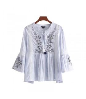 Camicia in lino ricamata