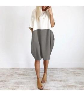 Robe grise et blanche en lin