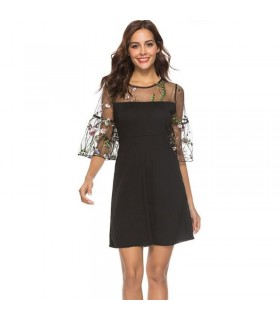 Black retro embroid dress