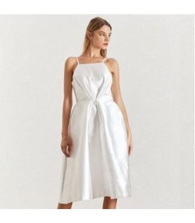 Robe en taffetas blanc