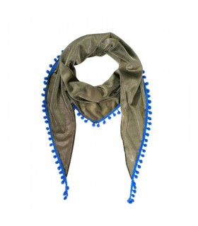 Triangle wearable all the time scarf