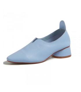Chaussures bleu bébé