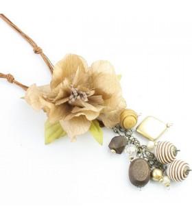Modische Halskette mit Rosenanhänger