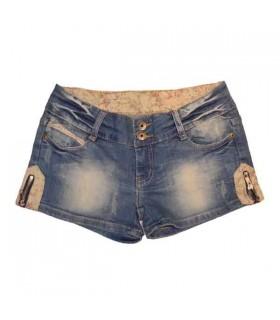 Jeans corti floreali impreziositi
