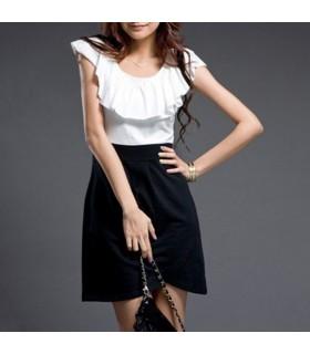 Kleid mit stilvollem Kragen