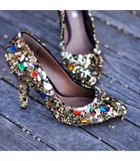 Paillettes couleur chaussures folles embellies