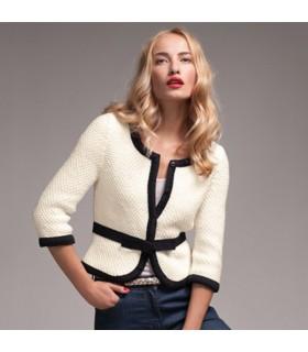 Élégant pull en tricot blanc