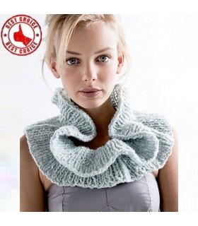 Warmer grauer Schal