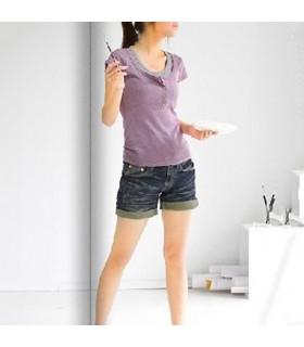 Süßes lavendelfarbenes kurzarm T-Shirt im zweiteiligen Look