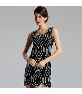 Schwarz weisses italienisches Kleid
