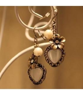 Beauty retro heart shaped flower earrings