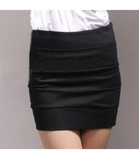 Slim black skirt