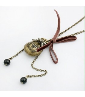 Treasure bag necklace