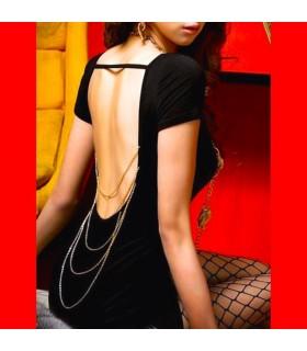 Schwarzes Kleid mit freiem Rücken
