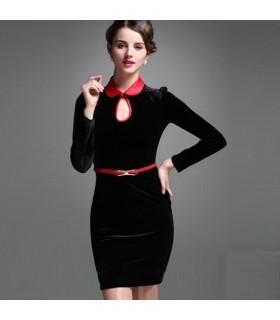 Splendido abito di velluto nero