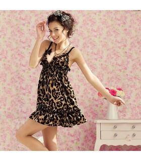 Robe léopard de charme