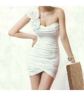 Single shoulder white dress