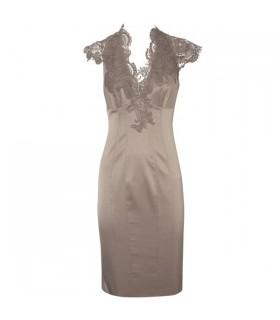 Spitzenverziertes Kleid in Spezialqualität