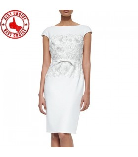 Weiße Kleid mit Spitze