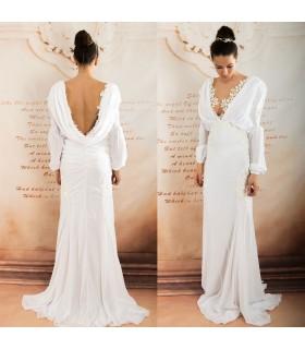 Profonde robe de mariée sexy en mousseline de soie manches longues col v