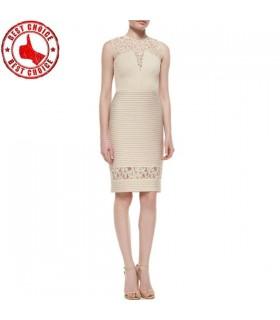 Creme besonderen Schnitten Kleid