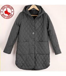 Trapuntatura design con cappotto cappuccio grigio profondo