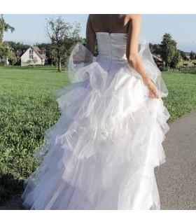 Einfache Gewinnspiel-Hochzeitskleid