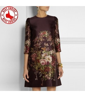 Lungo stampato il vestito marrone a maniche
