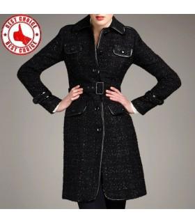 Wolle und Lederpatchwork eleganter schlanker Mantel