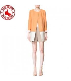 Cappotto trench di moda colore chiaro