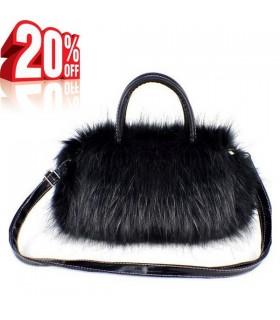 Schwarze Handtasche mit Fell