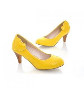 Chaussures talon jaune moyen avant coeur
