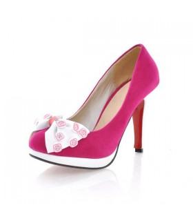 Chaussures de boutons rose chaud