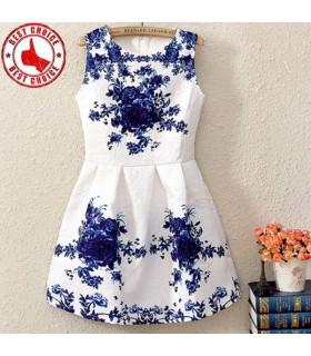 Natürliche Taille schönes weißes Kleid