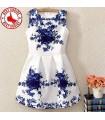 Belle robe blanche de taille naturelle