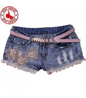 Flowers pearls decoration denim shorts