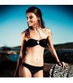 Bikini mit Metallringen