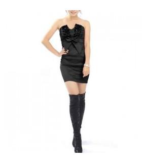 Elegantes schulterfreies Kleid
